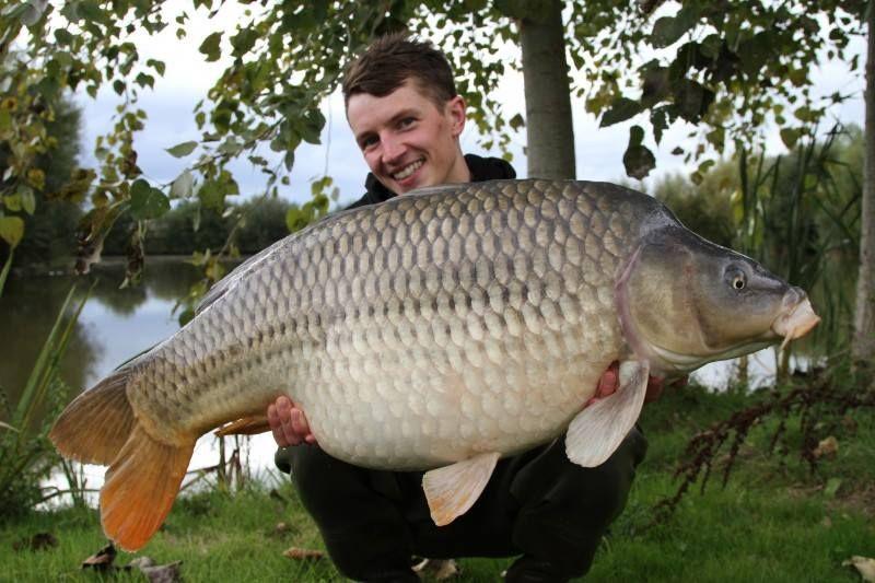 Big Carp Fishing in France at 44 carp lakes